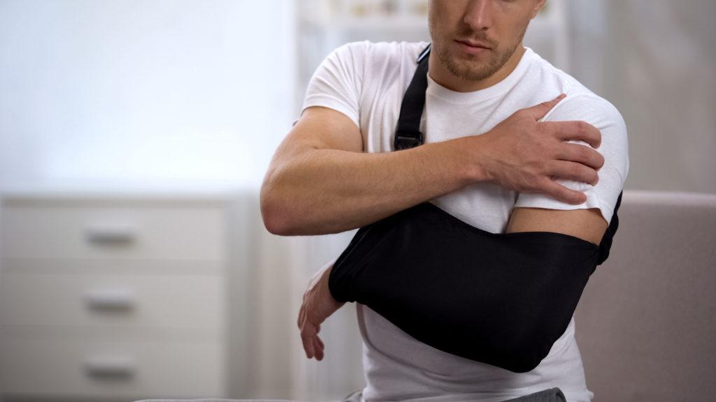 Rotatorenmanschettenriss ohne OP - Warum habe ich Schulterschmerzen? Tips vom Physiotherapeuten aus St. Gallen